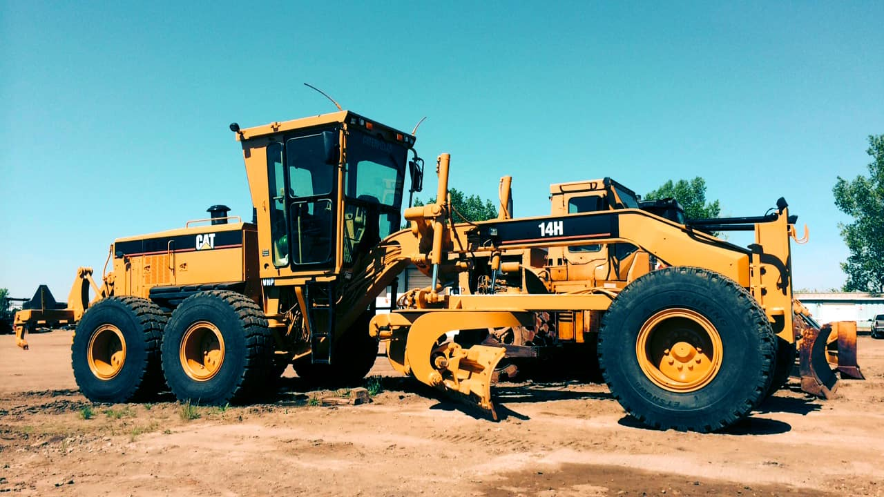 Briggs Equipment Ltd. - Motor Graders