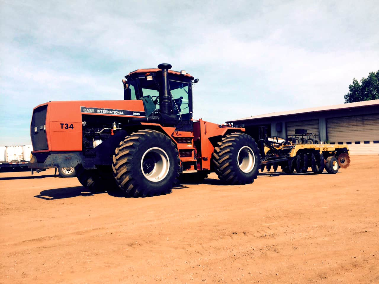 Heavy Equipment Rental - Tractor Edmonton